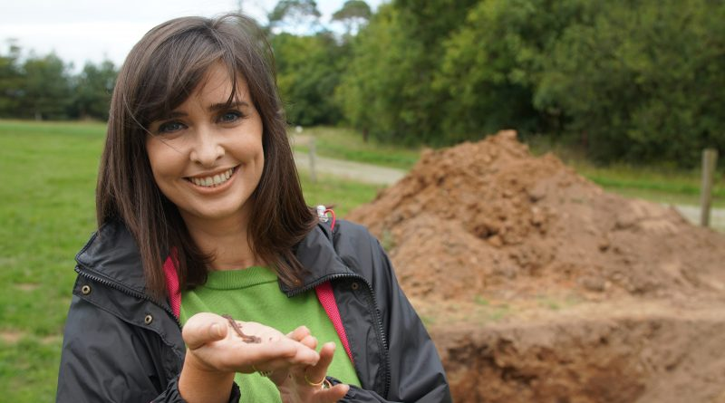 Soil - Aoibhinn and Worm
